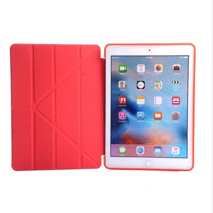 Чехол- книжка Solid Color Trid-fold + Deformation Viewing Stand на iPad 9.7 2017 / 2018 - красный