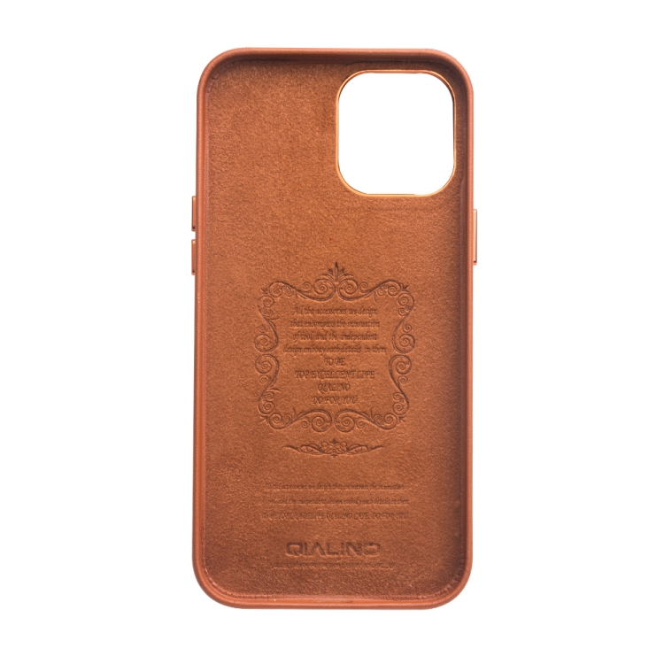 Кожаный чехол QIALINO Cowhide Leather Case для Айфон 12 Про Макс - коричневый