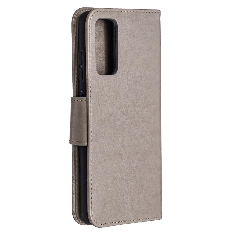 Чехол-книжка серого цвета с магнитной защелкой и бабочками на Самсунг Гелекси С20 ФЕ