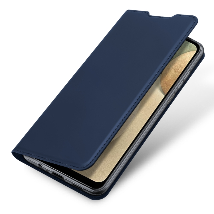 Чехол-книжка Skin Pro синего цвета на Samsung Galaxy A12/M12