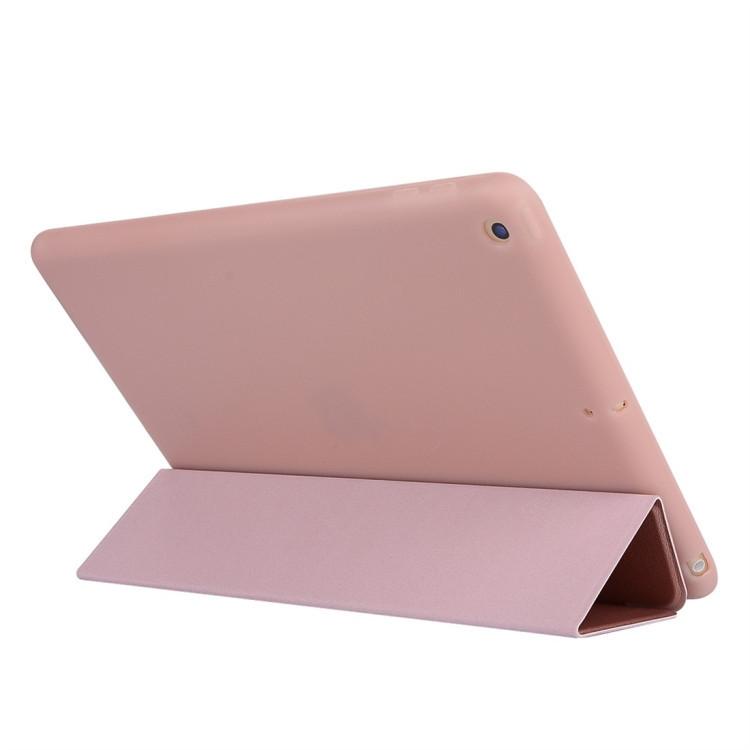 Чехол-книжка HMC цвета розового золота на iPad 8/7 10.2