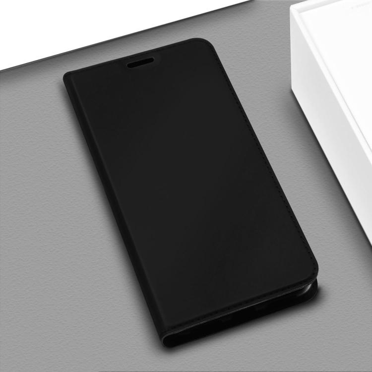 Черный чехол-книжка ISKIN Series на iPhone 12 Pro Max