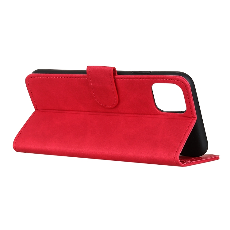 Чехол-книжка с подставкой кармашками на Айфон 12 Про Макс - красный