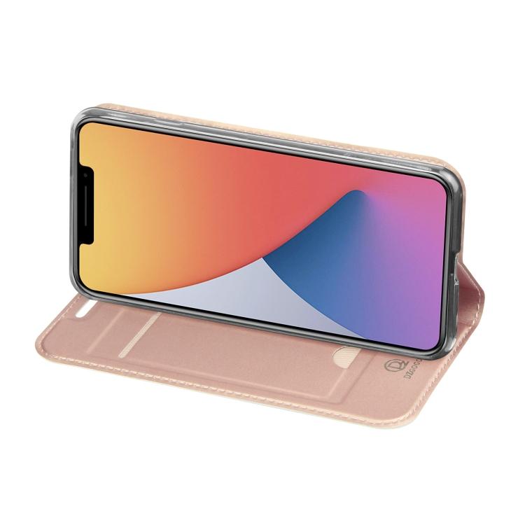 Чехол-книжка с складной подставкой для Айфон 12 розового цвета
