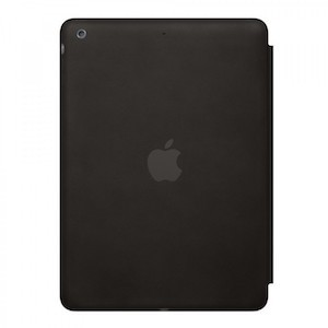 черный кожаный чехол с логотипом эпл на айпад про 10.5